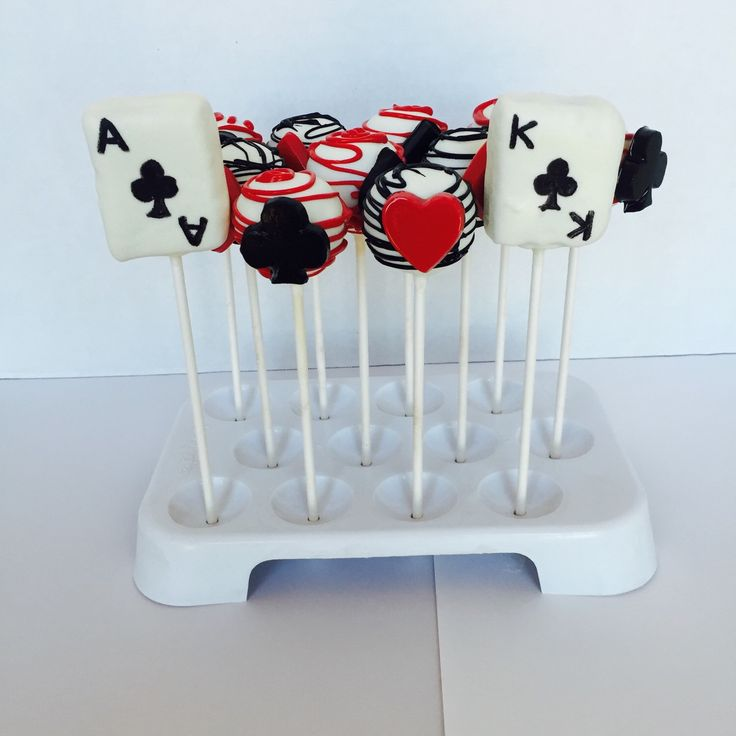 17 Best Ideas About Casino Cakes On Pinterest