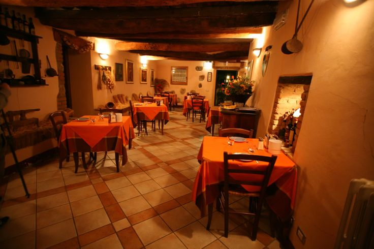 Gli interni del #Borgo in #Toscana (#ristorante) - The interiors of the #village in #Tuscany (#restaurant).