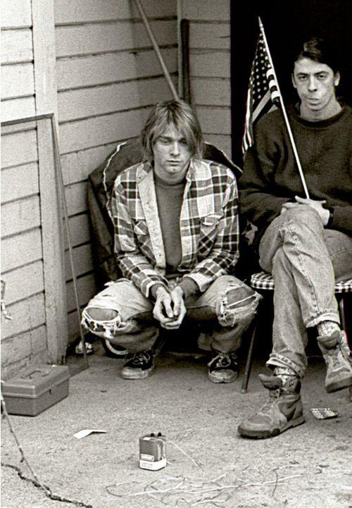 Kurt Cobain and Dave Grohl. #kurtCobain #DaveGrohl #Nirvana