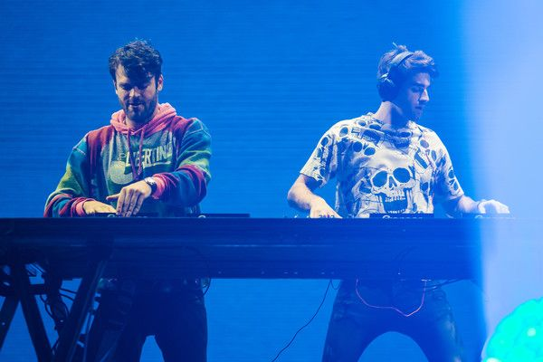 Andrew Taggart Photos Photos - Alex Pall and Andrew Taggart members of the band The Chainsmokers performs live on stage at Autodromo de Interlagos on March 25, 2017 in Sao Paulo, Brazil. - 2017 Lollapalooza Brazil - Day 1
