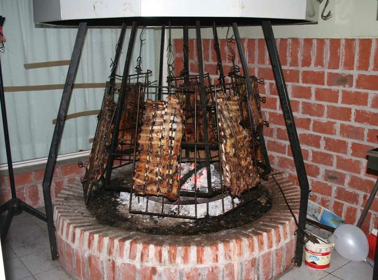 Asador - A spit for six costillares