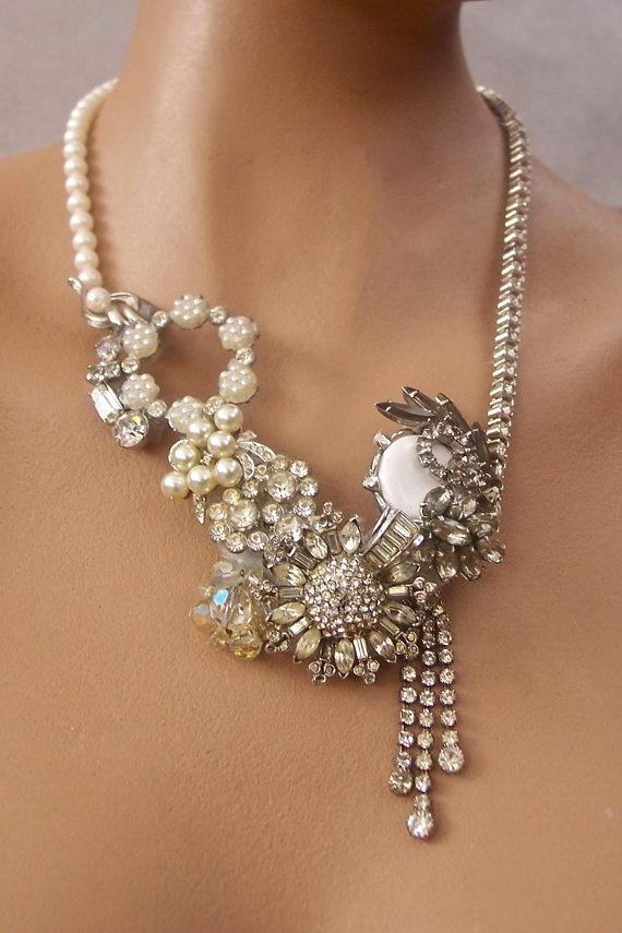 Pearls and Rhinestones Necklace Recycled VintageStatement Necklaces, Vintage Rhinestone, Vintage Style Jewelry, Pearls, Rhinestones Necklaces, Necklaces Recycle, Recycled Vintage Jewelry, Vintage Statement Jewelry, Recycle Vintage