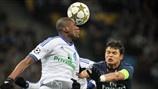 Thiago Silva (Paris Saint-Germain FC) & Brown Ideye (FC Dynamo Kyiv)   Dynamo Kyiv 0-2 PSG. 21.11.12.