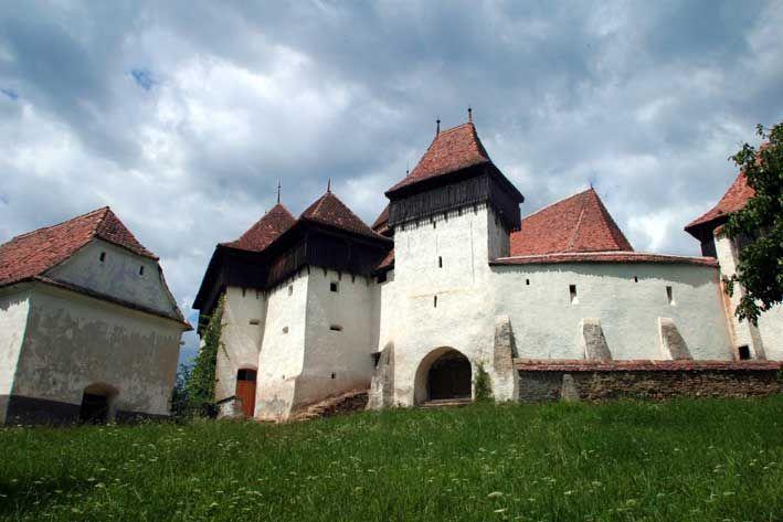 Satul VISCRI, unde Prinţul Charles are o casă, a fost vizitat anul trecut de 15.000 de turişti - Vocea Transilvaniei