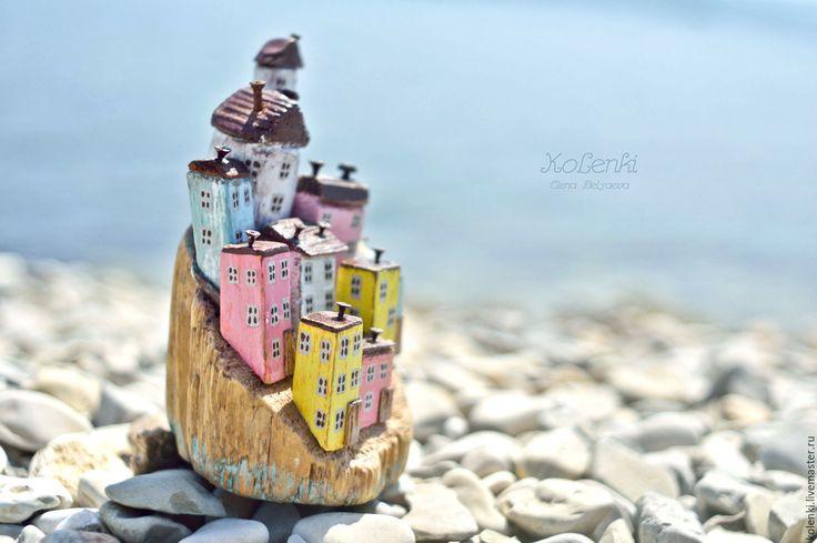 """Купить Морская композиция """"Чинкве-Терре"""" driftwood - лимонный, городок, городок у моря, морская тема"""