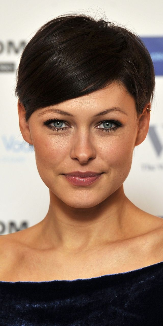 Celebrities With Their Hair Cut Short: Emma Willis's Pixie Hairstyle