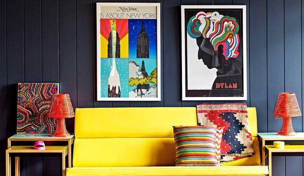 L'hiver arrive et on cherche à se réchauffer avec des peintures riches de belles couleurs ! Cocooning oblige, on craque sur des tonalités denses et profondes qui nous donnent envie de rester chez soi au chaud. Guide en images des mélanges de peintures en couleurs les plus tendance pour une décoration intérieure au top !