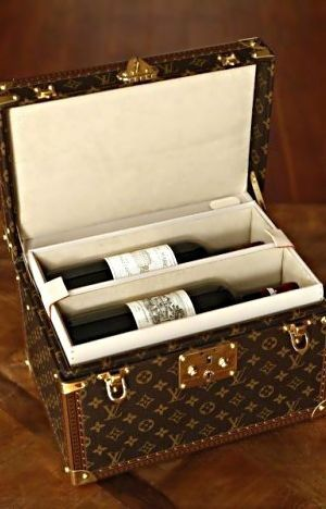 #LouisVuitton wine box...now, this is what I'd call the perfect accessory!