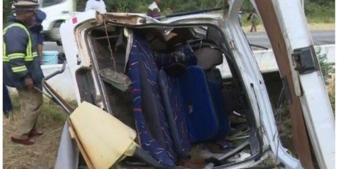 3 killed, many injured in Gweru-Kwekwe road accident today - Zim News .NET Zimbabwe - http://zimbabwe-consolidated-news.com/2017/03/21/3-killed-many-injured-in-gweru-kwekwe-road-accident-today-zim-news-net-zimbabwe/