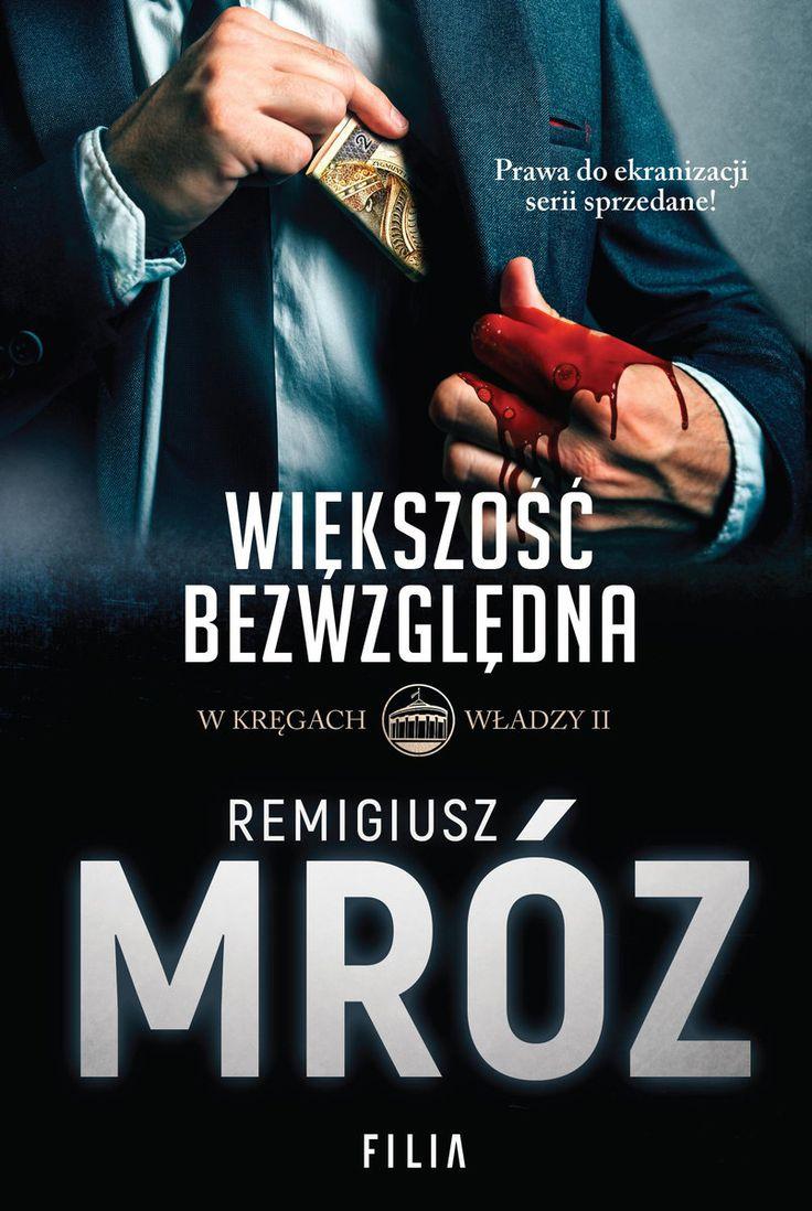 Remigiusz Mróz niczym stachanowiec wydał kolejną w tym roku swoją powieść. Tym razem czytelnicy otrzymali pod choinkę kolejną część przygód Darii Seydy. http://exumag.com/wiekszosc-bezwzgledna/