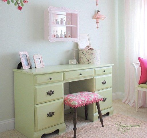 color scheme and desk repurpose idea for the home