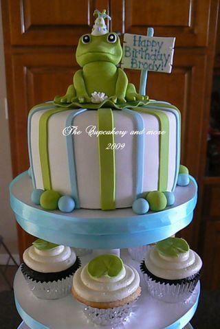 cute: Frog Cupcakes, Cakes Deco, Cupcake Tree, Brody Cakepins Com, Cakes Canvas, Frogs Cupcakes, Cakes And Cupcakes, Cupcakes Trees, Birthday Cakes