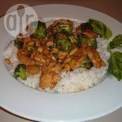 Курица с арахисом по-тайски