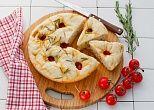 Рецепт: Фокачча с помидорами черри в мультиварке