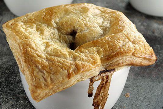 Antony Worrall Thompson's beef and Guinness pie recipe