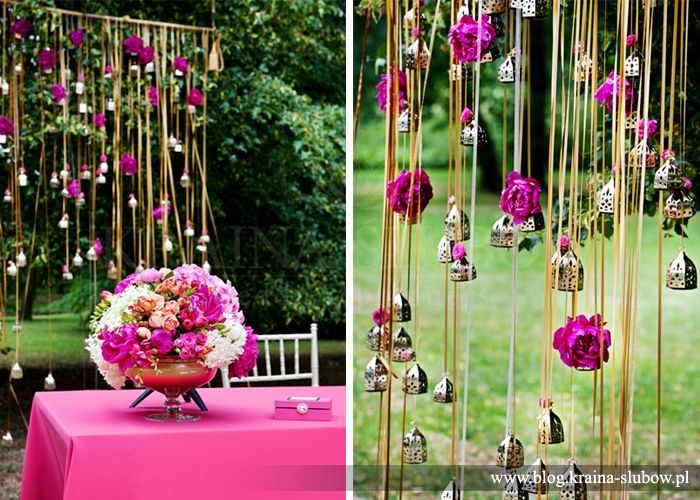 Art deco, fuchsia and gold wedding ceremony