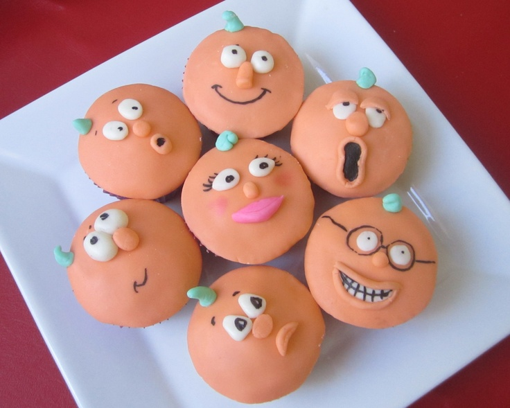Pumpkin People - Fondant covered Halloween cupcakes.  Pumpkin people are just like us... all so unique!