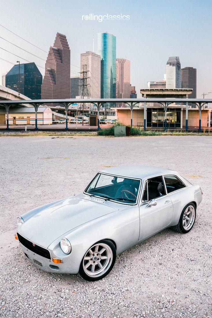 1970 MG MGB GT Restomod Mg mgb, Classic cars, Vintage