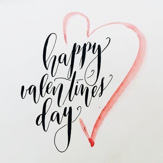 """Hoje é Valentine's Day   """"Nos Estados Unidos a data também é comemorada não só a fim de demonstrar o amor romântico mas também para celebrar a amizade e companheirismo. Portanto filhos podem dar cartões para os pais alunos para seus professores amigos para amigos entre outros. Mas claro os cartões flores chocolates e presentes fazem parte da demonstração de amor entre casais. """"  Não deixe de presentear as pessoas que você ama!"""
