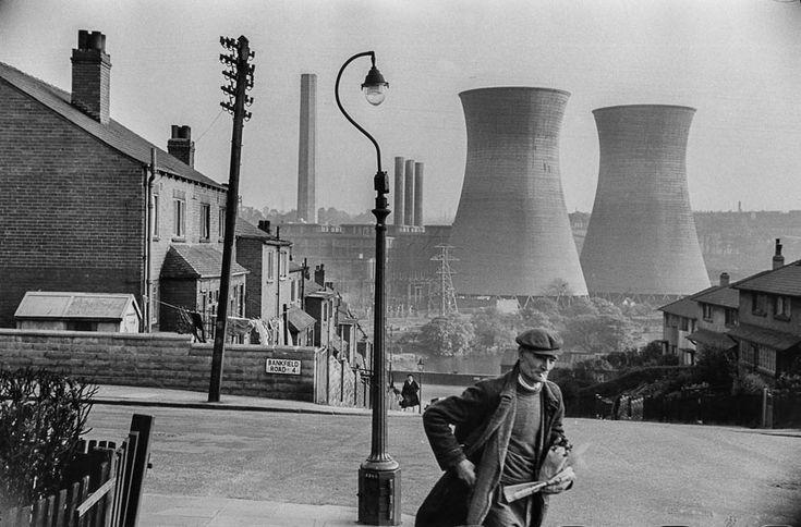 Marc Riboud - Leeds, 1954