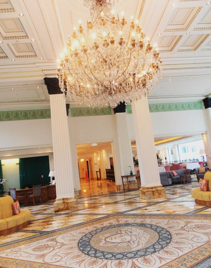Down Under Queensland :: Gold Coast- Pallazzo Versace lobby P6260207.jpg image by suectravel - Photobucket