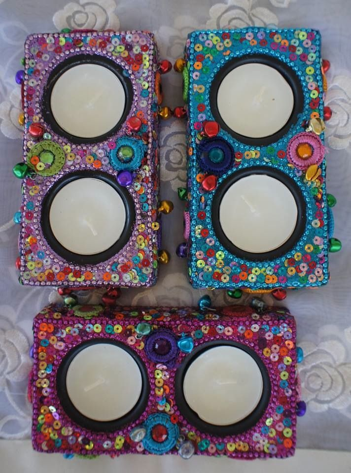 These gorgeous tea light holders with beading come in pink, purple and blue.Normally $6.00 Now $3.00 with two complimentary tea lights.