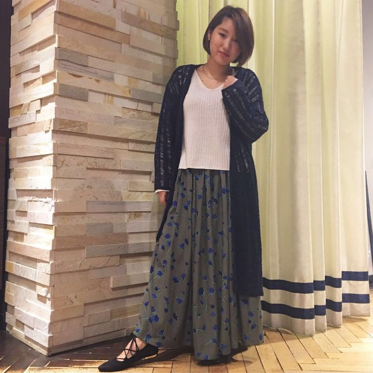 大人の魅力漂う小花柄スカーチョ。 ロング×ロングのトレンドスタイル☆