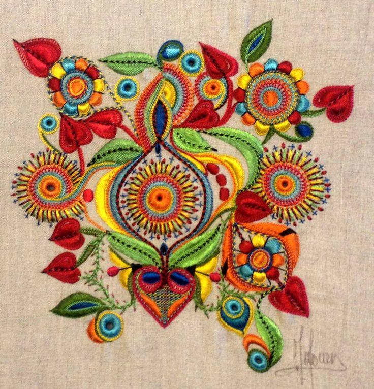 Resultado de imagen para cojines con mandalas bordados