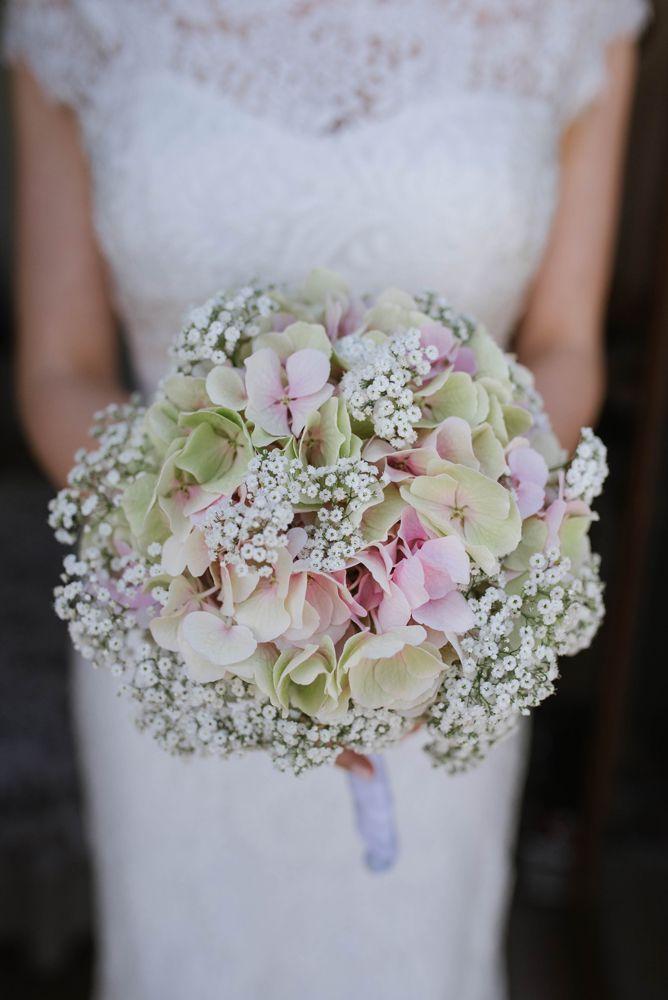 Piękny delikatny bukiet ślubny wedding bouquet