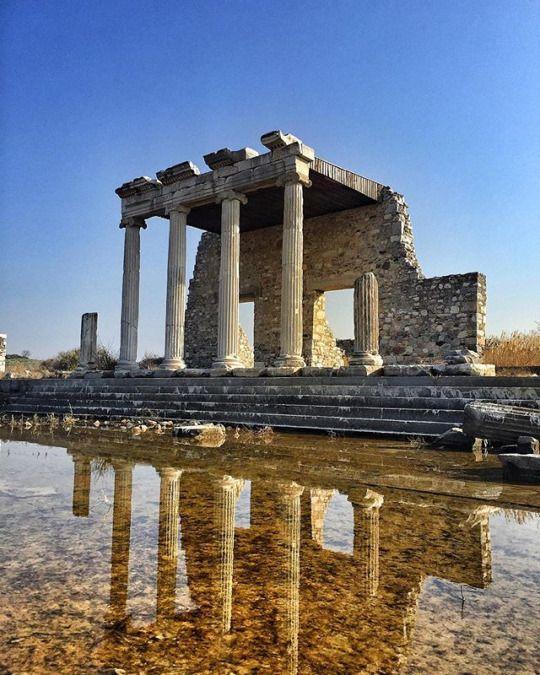 Miletus Ancient City #didim #turkey (Photo: basarannejla)