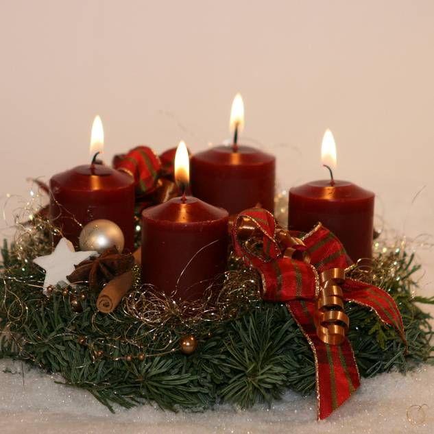 48 besten weihnachten bilder auf pinterest feiertage for Gestecke basteln weihnachten