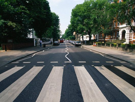 Abbey Road ~ London, England ~ Now Ya'll Know I Want 1 Of Those Walking Photos Like The Beatles Had.