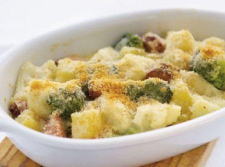 Gratinado de batata doce com couve flor e brócolos
