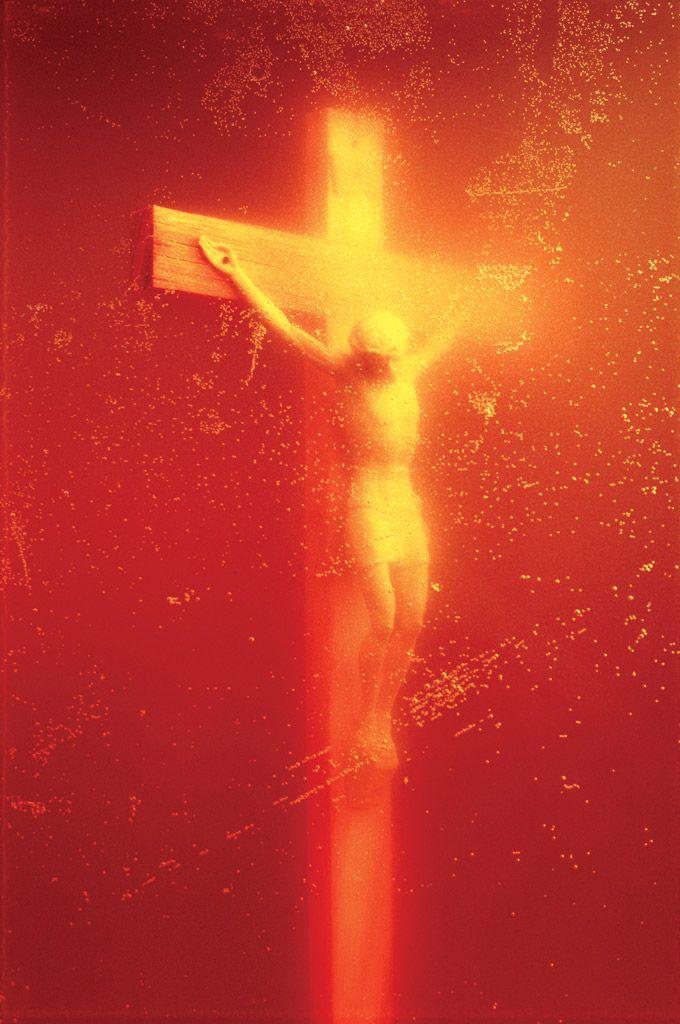 Andres Serrano - Piss Christ 1987