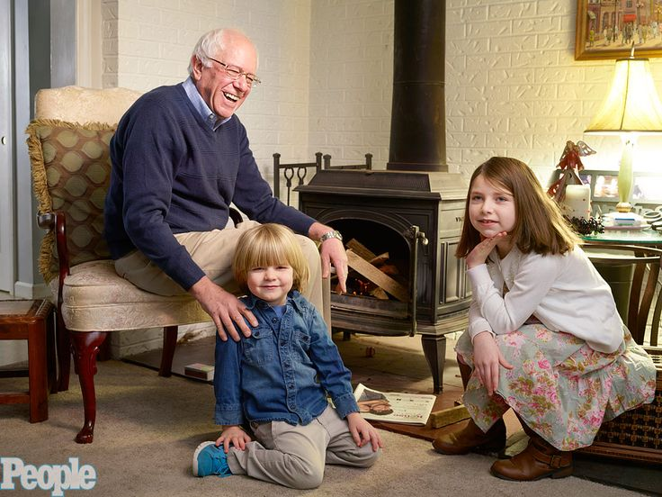 Bernie Sanders Does His Own Laundry (and Grocery Shopping): Inside the Family Life of the Down-to-Earth Democratic Candidate http://www.people.com/article/bernie-sanders-family-home-life