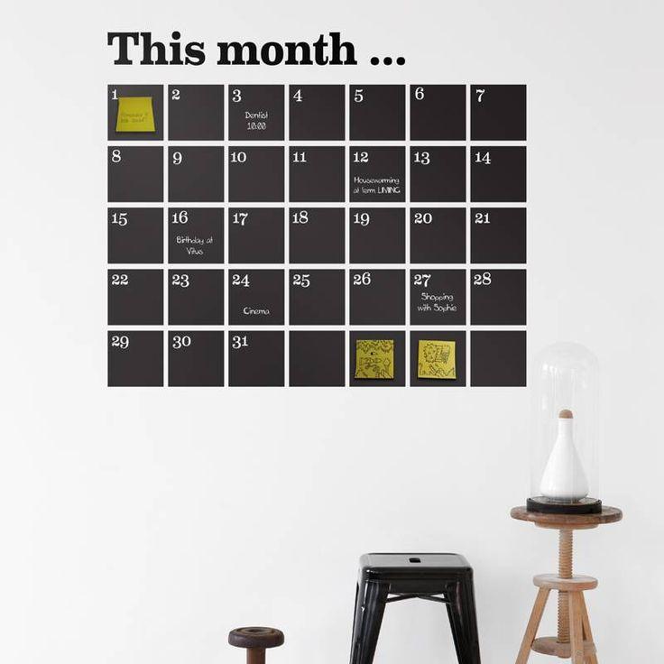 """Geinige maandplanner voor op je muur van Ferm Living. De stickers zijn te beschrijven met krijt, de krijtjes en post-its zitten bij het pakket en ook """"This mont"""