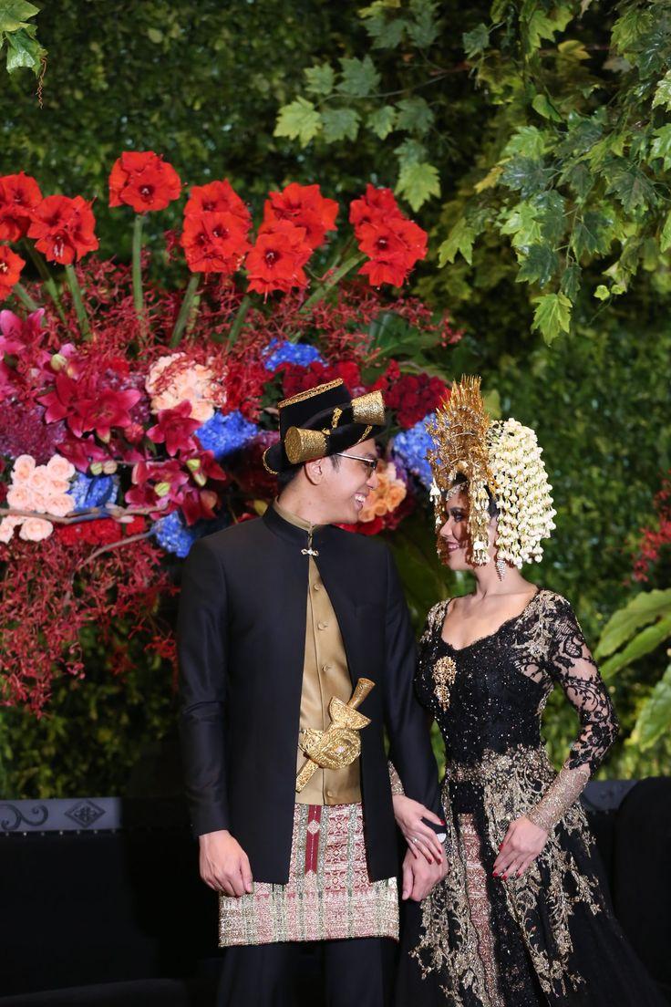 Pernikahan dengan adat Minang dan Mandailing - www.thebridedept.com