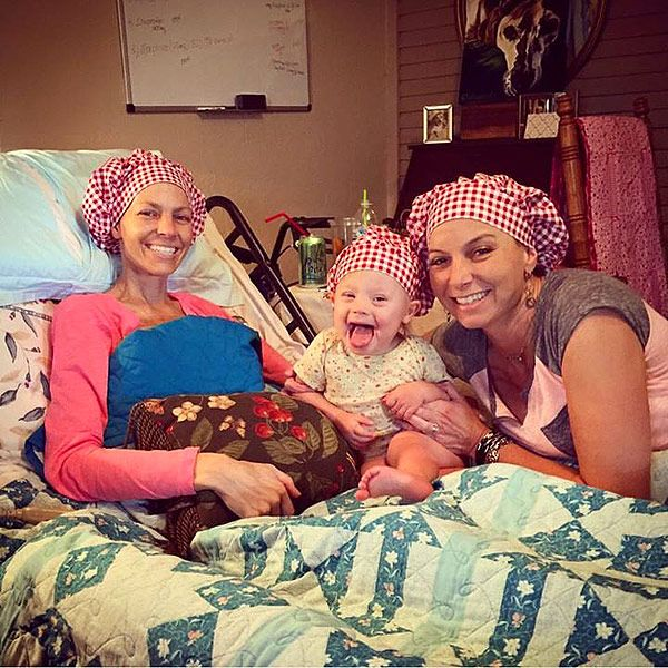 Joey Feek Shares Sweet Moment with Daughter Indiana in Hospice Care http://www.people.com/article/joey-feek-bed-daughter-indiana-hospice