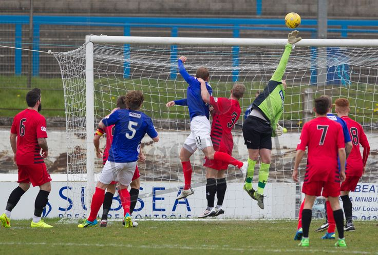 Queen's Park's keeper Wullie Muir saves during the SPFL League One play-off game between Cowdenbeath and Queen's Park.