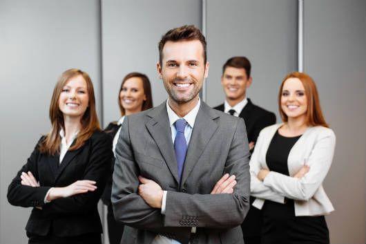 fortalecer os alicerces da empresa, alicerces da empresa, funcionários são os alicerces da empresa, colaboradores são os alicerces da empresa, valorização dos colaboradores, motivação dos funcionários