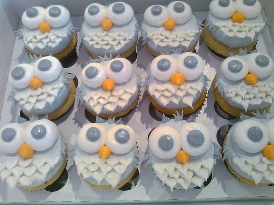 Owl Cupcakes. How completely cute for a bday party or baby shower