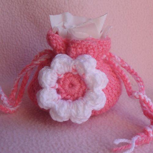 Ravelry: Small Flower Gift Bag pattern by CGW JoanitaTheron