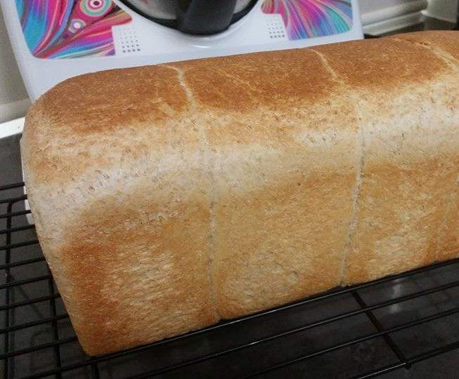 Recipe JUMBO 900G WHOLEMEAL BREAD by lailahrosebowie1993 - Recipe of category Breads & rolls