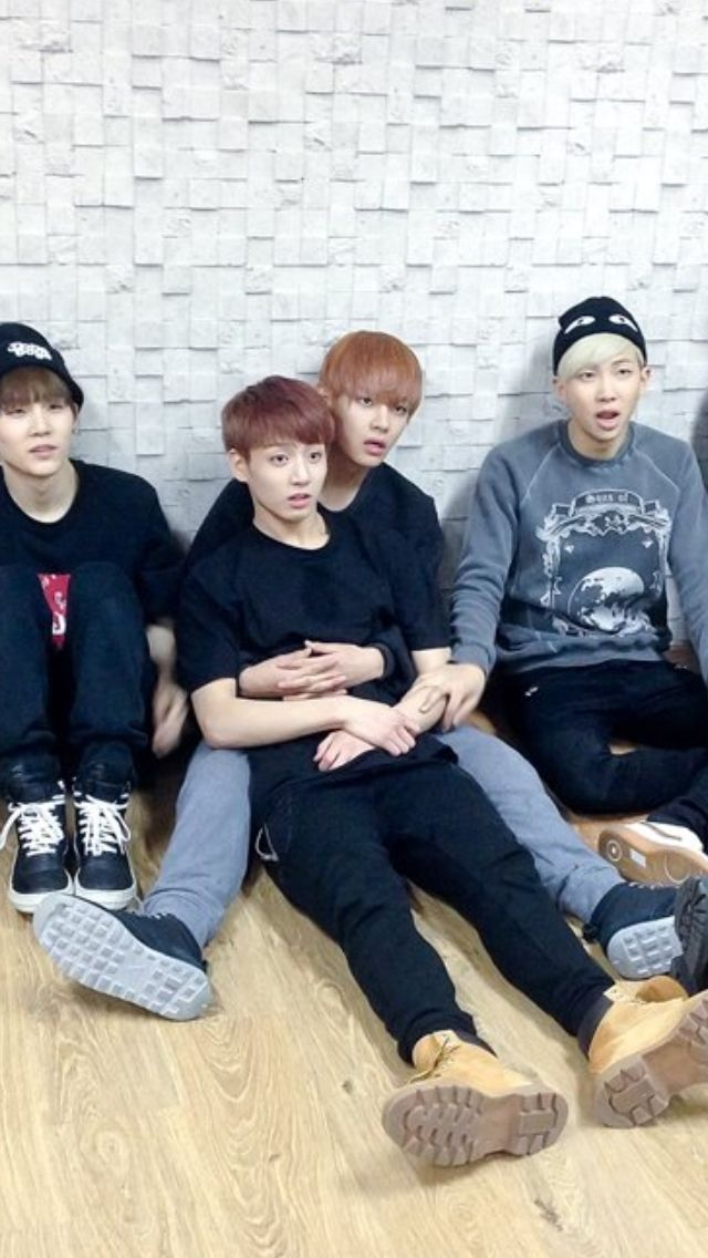 V and Jungkook haha (V's face is like this like 50% of the time??)