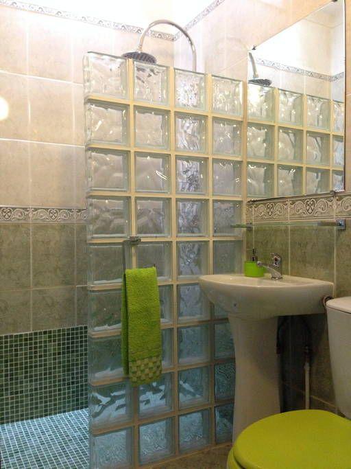 Veja este anúncio incrível na Airbnb: Casa de praia Albufeira Algarve 18 - Apartamentos para Alugar em Albufeira