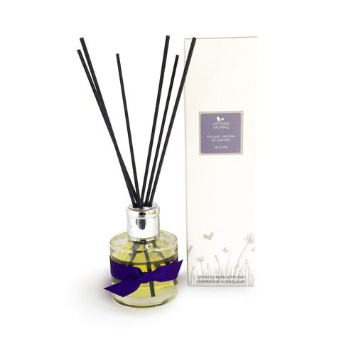 Relaxing reed diffuser - Ho Leaf, Jasmine and Lavender