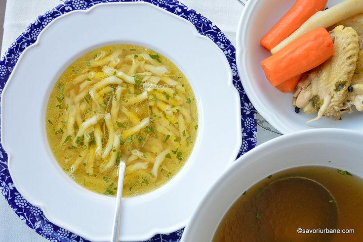 Supa de gaina cu taitei de casa fidea, gartene sau galuste reteta traditionala savori urbane
