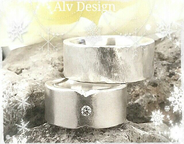 Julklappstips!  Rustika, handarbetade silverringar med och utan Diamant 0,07 ct. Design och arbete: Anneli Lindström, Alv design. www.alvdesign.se