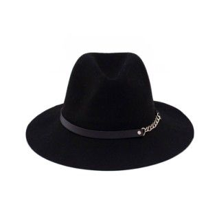 Felt hat with chain. #hat #chain Szaleo.pl | Be new fashioned & accessorized!