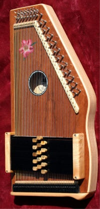 The d'Aigle Desert Rose, soon to be my autoharp!